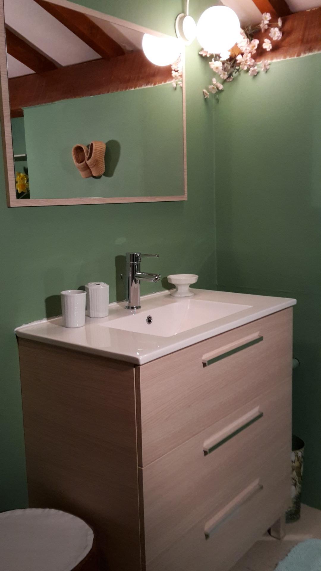 g te 4 personnes avec piscine en dordogne la belle gen bre. Black Bedroom Furniture Sets. Home Design Ideas